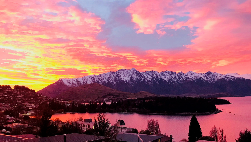 new chapter sunrise in queenstown